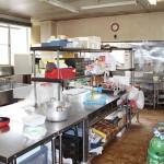 厨房1(料理用食器も揃ってます)
